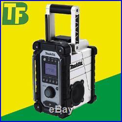 Makita DMR102W White Job Site Radio AM/FM Only (240v Mains & 18v Battery)